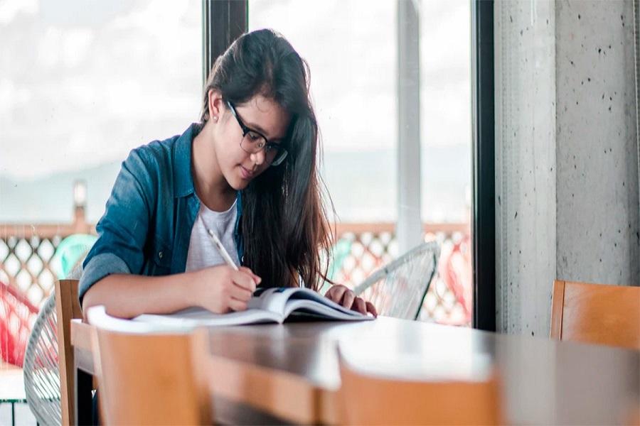 cómo-estructurar-una-carta-de-recomendación-para-estudiantes-sobresalientes-2